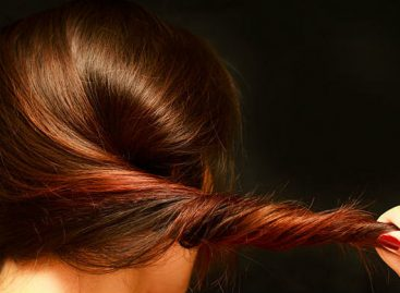 Како да коса буде здрава и јака (и који састојци је чине баш таквом)