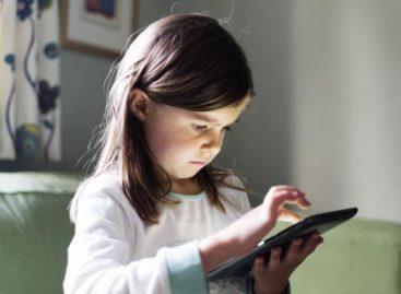 """""""Није важан узраст кад детету дате таблет/телефон, важно је нешто друго"""""""