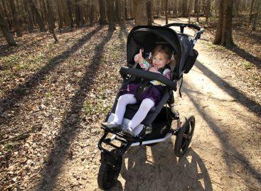 Када је време да престанете да возите дете у колицима