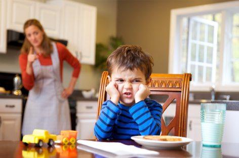 Учимо децу како да седе, ходају, једу, спавају… Зашто их не учимо да заштите себе, од себе и од других?